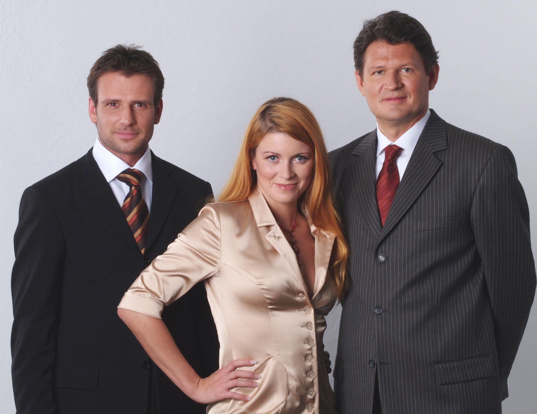 Dieses Team wird die Österreicher ab 26.Jänner von Montag bis Freitag um 20 Uhr mit TopNews versorgen. Volker Piesczek, Sabine Mord und Dr. Helmut Brandstätter (von links) sind die Gesichter des neuen Nachrichtenformates auf ProSieben Austria.
