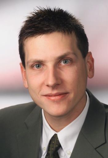 Dr. Gary Pippan, 28, neuer Pressesprecher der ÖBB-Holding AG.