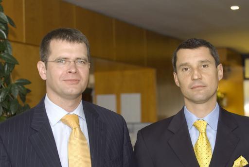 Fortrust II bietet unbegrenzte Renditechancen und gleichzeitig hohe Sicherheit (v.l.n.r.) Guido Wohlfeil (Vorstand MPC Münchmeyer Petersen Capital Austria AG); Ing. Peter Maierhofer (Vorstand MPC Münchmeyer Petersen Capital Austria AG)