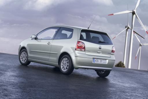 Weltpremiere von Volkswagen auf dem Genfer Automobilsalon: Der sparsamste Polo aller Zeiten - Polo BlueMotion verbraucht nur 3,9 Liter.