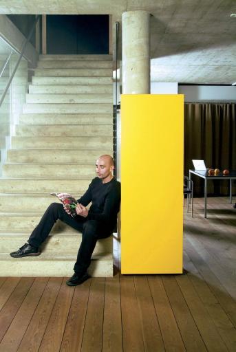 Bild: Svoboda Büromöbel möbelt Auslandsumsatz auf - Abgelaufenes ...