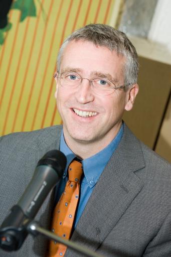 V.l.n.r.: Dr. Leonhard Loimer (Ärztlicher Leiter der Kinderwunschklinik Wels) Weitere abdruckfähige honorarfreie Bilder finden sie unter http://pressefotos.at/album/1/42/200611/20061130_b/