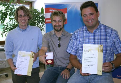 v.l.n.r Nikolaus Lasser und Gernot Breitfuß, GF CONECTO Business Communication GmbH, Wolfgang Breitfuß, GF TVB Saalbach Hinterglemm.