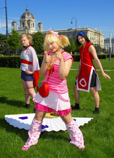 Die AniNite'07 Models: Elliiy, Auris, Welli