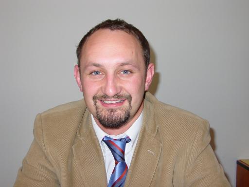 """Der Geschäftsführer des TVB Murau-Kreischberg, Mag. (FH) Kurt Moser, schloss als einer der ersten Touristiker Österreichs am Grazer Joanneum erfolgreich die Prüfung zum """"zertifizierten Projektmanager"""" ab."""