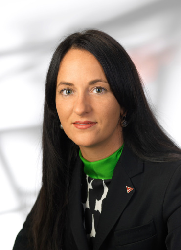 Frau Isabella Hren rückt zum 1. Mai 2008 in den Vorstand der stark expandierenden Hotelgruppe Vienna International Hotelmanagement AG auf und zeichnet sich künftig für die operative Führung aller VI Hotels & Resorts verantwortlich.