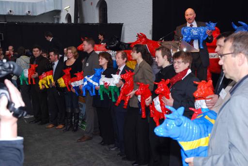 Mitgliedertreffen EMB, 13. Februar 2008 in Brüssel: Übergabe Faironikas an Agrarkommission