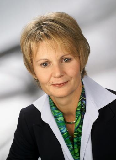 """Mag. Brigitte Schüßler ist ab sofort für das """"Supply & Resource Management"""" von Telekom Austria TA AG verantwortlich"""