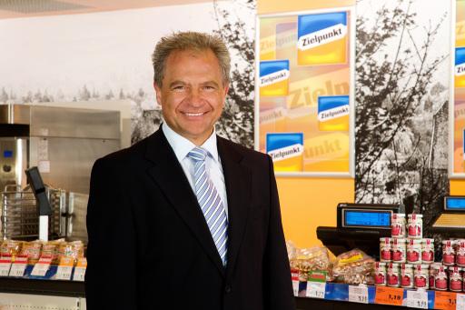 Johann Schweiger; Vorsitzender der Geschäftsführung der Zielpunkt Warenhandel GmbH & CoKG