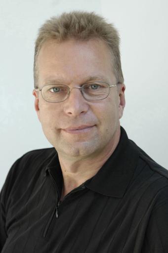 """Digitale Bilder in der Kommunikation optimal einsetzen: Der Referent Bernd Beuermann zeigt in den media workshops """"Digitalfotografie fuer Pressestellen"""" und """"Bildbearbeitung fuer Pressestellen (mit Photoshop)"""", wie man Bilder für die Kommunikation optimal einsetzen kann."""
