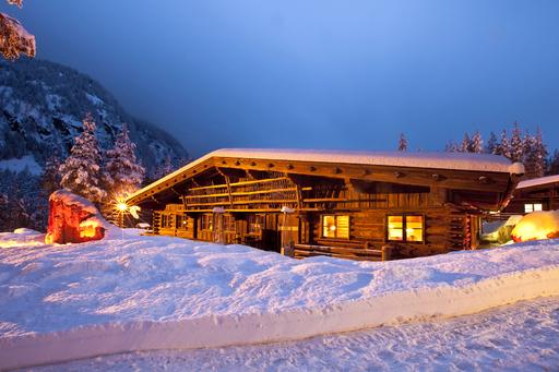 Winterromantik am Alpengasthof am Feuerstein, Huben bei Längenfeld im Ötztal