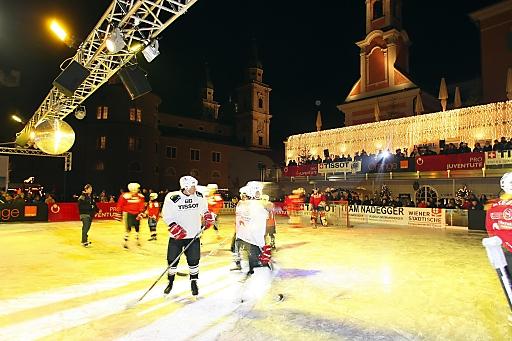 Am DO 26. November findet die legendäre Eishockey-Charity mit vielen Prominenten am Mozarteis in Salzburg statt.