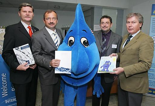 http://pressefotos.at/m.php?g=1&u=68&dir=200911&e=20091120_w&a=event Eisenstadt - Heute fand in der Wirtschaftskammer Eisenstadt der 4. Infotag Wasser der PLATTFORM WASSER BURGENLAND statt.