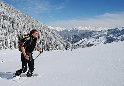 Auf großem Fuße die Winterlandschaft der Silberregion Karwendel entdecken.