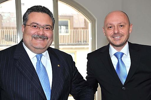 http://pressefotos.at/m.php?g=1&u=38&dir=201004&e=20100414_g&a=event Bilanz-Pressegespräch der Generali Gruppe Österreich - V.l.n.r.: Dr. Luciano Cirina (Vorsitzender des Vorstandes Generali Holding Vienna AG und Generali Versicherung AG), Mag. Andreas Haschka (Mitglied des Vorstandes Generali Holding Vienna AG und Generali Versicherung AG, Ressort Finanzen)