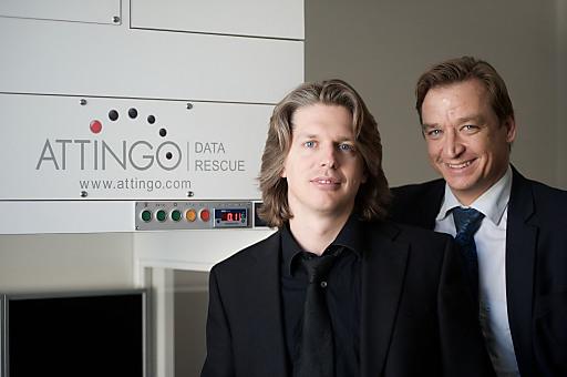 Attingo Geschäftsführer Nicolas Ehrschwendner und Silver Server Key Account Manager Oliver Hendrich