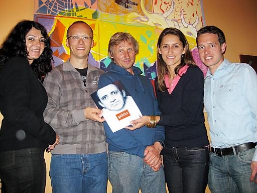 V.l.n.r.: Regina Docekal (Ö1), Peter Bichler (Putz und Stingl), Jazz Musiker Sigi Finkel (www.sigifinkel.com), Martina Ressmann (APA-OTS), Harald Sorger (Putz und Stingl)