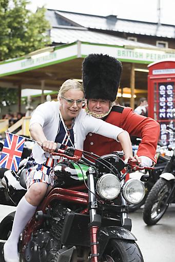 Very British: 5. TRIUMPH TRIDAYS von 25.-27.6.2010 in Neukirchen oder besser Newchurch, das weltgrößte Triumph Motorradtreffen mit dem etwas anderen Programm für Groß & Klein