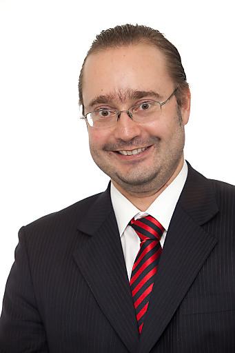 Mag. Werner Fischl, Geschäftsführer des Klinikum Malcherhof Baden, freut sich über die Auszeichnung durch die Best Health Austria