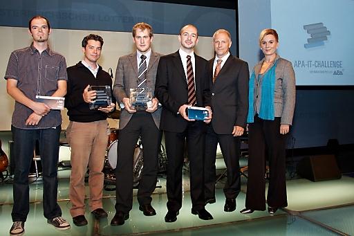 http://pressefotos.at/m.php?g=1&u=43&dir=201009&e=20100909_i&a=event Innovative IT-Projekte wurden am 9. 9. 2010 bei der APA-IT-Challenge ausgezeichnet. Im Bild (v.l.): Ewald Preiszer und Johann Waldherr (Spectralmind - intelligent audio technology/Gewinner Kategorie Start-up), Florian Eckkrammer und Reinhard Grimm (Projekt A-SIA/Gewinner Kategorie Academia), Gerald Klima (Geschäftsführer APA-IT) und Andrea Radakovits (Moderatorin).