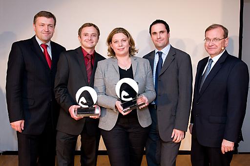 Verleihung ASFINAG - Award an das Trofana Tyrol, Gesamtsieger in allen 3 Kategorien.Bildmitte, Frau Cornelia Stöllinger vom Trofana Tyrol.