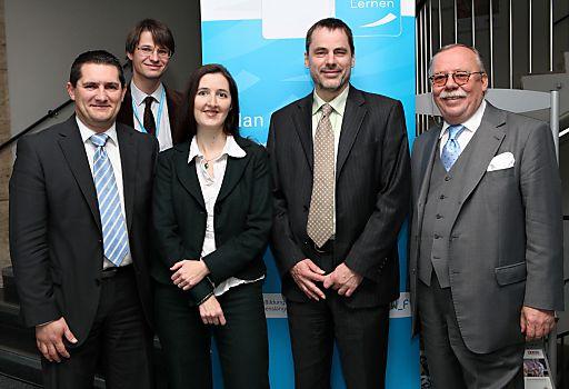 """http://pressefotos.at/m.php?g=1&u=82&dir=201010&e=20101027_n&a=event Alexander Prischl (ÖGB), Ernst Gesslbauer (Nationalagentur Lebenslanges Lernen), Silvia Müller-Fembeck (BMUKK), Alfred Freundlinger (WKO) und Wolfgang Krebs (BMWFJ) auf der Konferenz """"Mobilität qualifiziert: Auslandserfahrung in der Lehre"""" der Nationalagentur Lebenslanges Lernen"""