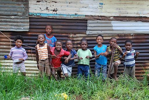 Architekturstudenten der Fachhochschule Kärnten bauen bereits die zweite Schule für Südafrika.
