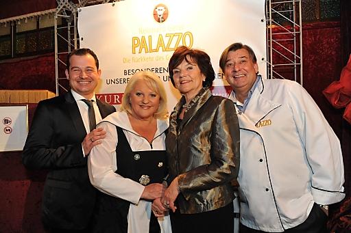 Dir. Oliver Jauk (Managing Director PALAZZO Wien), Marika Lichter (Organisatorin), Christine Tschürtz-Kny (GF Licht ins Dunkel), Reinhard Gerer (Grand Chef de la Cuisine)