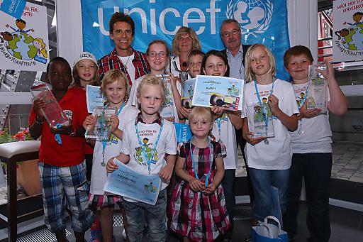 014c74997f Bild: Erstmals UNICEF Award an österreichische Kinder vergeben ...