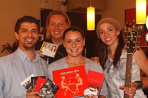 im Bild v.l.n.r.: Markus Papai (Segafredo), Roman Danksagmüller (Achtung Liebe), Tina Englisch (dottore amore), Sue Lachmayr (Achtung Liebe)