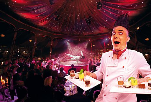 """Die PALAZZO-Gäste lernen beim """"DINNER FURIOSO"""" nicht nur Kellner mit Multitasking-Fähigkeiten kennen, sondern dürfen sich auf eine wahrhaft fulminante Show und köstliche Gaumenfreuden freuen."""