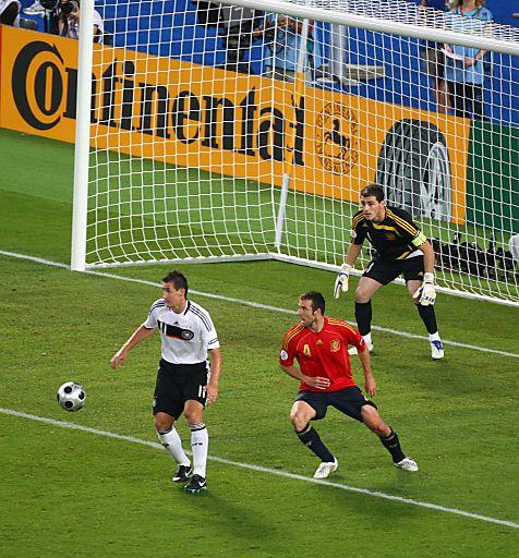Continental-Bandenwerbung beim Finale der UEFA EURO 2008 in Wien