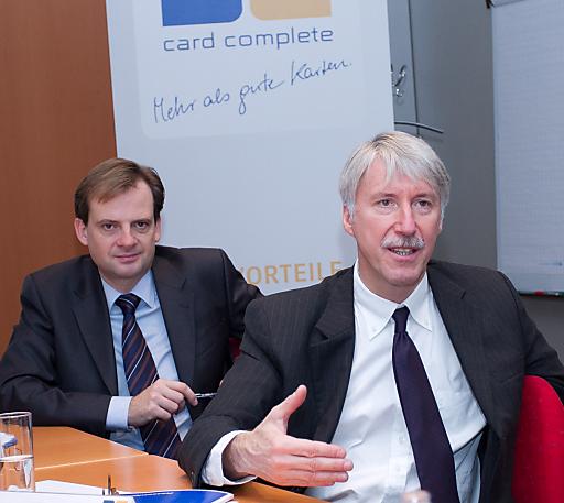 http://www.apa-fotoservice.at/galerie/2641 Mag. Harald Triplat, Vorstandsmitglied card complete Service Bank AG; Dr. Heimo Hackel, Vorstandsvorsitzender card complete Service Bank AG