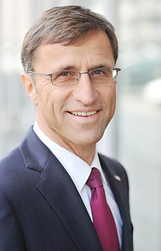 Josef Margreiter, Geschäftsführer der Tirol Werbung, zeigt sich zufrieden über die gute Arbeit der Tiroler Touristiker, weist aber darauf hin, dass der Winter noch nicht zu Ende ist.