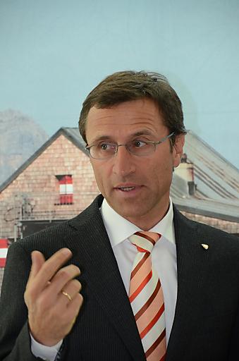 Josef Margreiter, GF der Tirol Werbung, betonte, dass sich Tirol trotz global schwieriger wirtschaftlicher Entwicklungen wieder als starke Winterdestination beweisen konnte.
