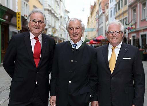 Hans Harrer, Vorstand Senat der Wirtschaft; Dr. Josef Riegler, Vizekanzler a.D. und Ehrenpräsident Ökosoziales Forum; Honorargeneralkonsul Dieter Härthe, Vorstandsvorsitzender Senat der Wirtschaft.