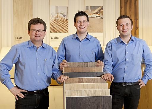 : Professionelle Beratung im Kaindl Floor House (v.l.n.r.): Franz Dorner, Philipp Ließel und Andreas Daringer
