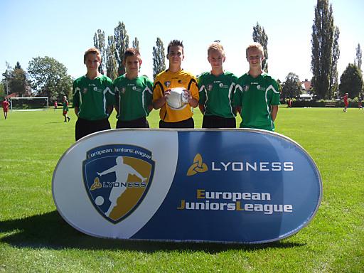 Pilz Arno, Bosankic Tomislav, Schmelzer Lukas, Gassmann Jan und Gabbichler Lukas (von links nach rechts) von der U15-Mannschaft der AKA HIB Liebenau.