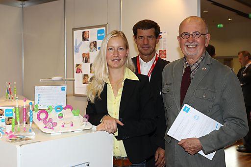 "http://www.apa-fotoservice.at/galerie/3394/ MAM Symposium ""Kariesprävention bei Kindern"""