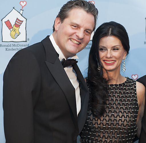http://www.apa-fotoservice.at/galerie/3597/ Ronald McDonald Kinderhilfe Gala 2012 mit: Andreas Schwerla (Managing Director McDonald's Österreich) und Sonja Klima (Präsidentin Ronald McDonald's Kinderhilfe)