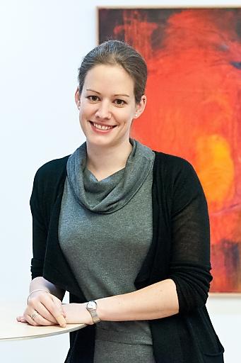 dr kerstin holzinger als neue partnerin bei haslinger nagele partner haslinger nagele. Black Bedroom Furniture Sets. Home Design Ideas