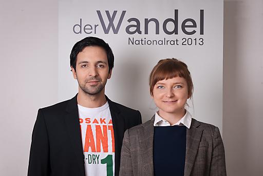 """Fayad Mulla, Vorsitzender, und Daniela Platsch, Geschäftsführerin, von der Partei """"der Wandel"""""""