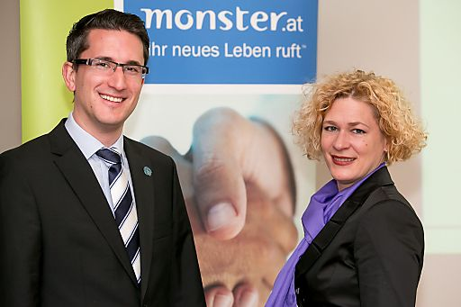 http://www.apa-fotoservice.at/galerie/4021 Im Bild v.l.n.r.: Dr. Sven Laumer (Diplom-Wirtschaftsinformatiker, Universitäten Bamberg u. Frankfurt/ Main), Mag. (FH) Barbara Riedl-Wiesinger (Country Manager & Sales Director Monster Worldwide Austria GmbH)