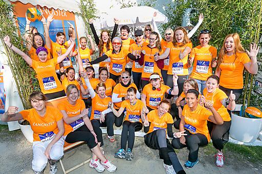 http://www.apa-fotoservice.at/galerie/4156 Das Team von Lancaster beim Frauenlauf 2013