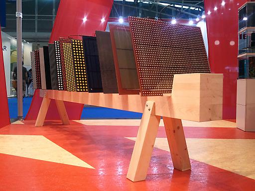 Farbige Photovoltaik-Module