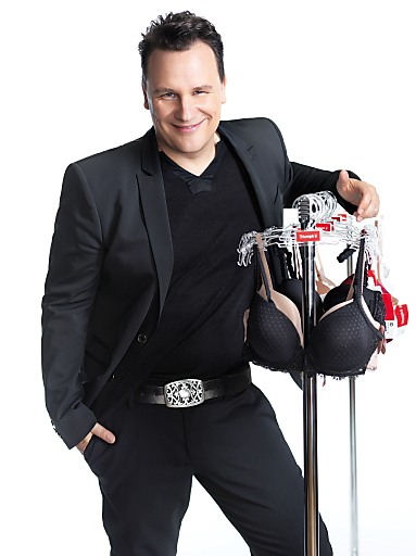 Designer Guido Maria Kretschmer ist neuer Markenbotschafter bei Triumph.