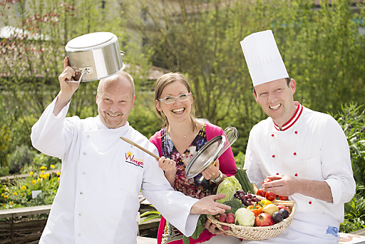 Machen Lust aufs Kochen - und aufs Leben: v.l. Siegfried Wintgen, Karin Zausnig und Martin Thaller von den Marienschwestern in Bad Mühllacken