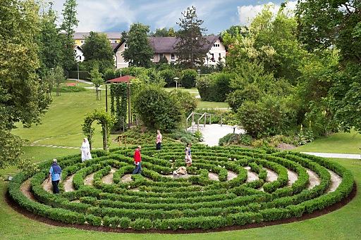 Den Weg zu sich wieder finden: Das christliche Labyrinth in Aspach im Innviertel.