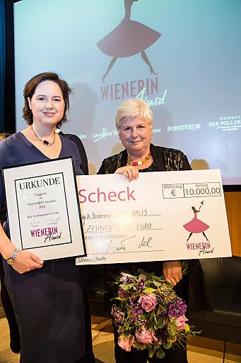 WIENERIN-Chefredakteurin Sylvia Margret Steinitz mit der WIENERIN Award Preisträgerin 2013, Heide Lex-Nalis