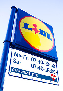lidl sterreich erweitert ffnungszeiten lidl sterreich gmbh. Black Bedroom Furniture Sets. Home Design Ideas
